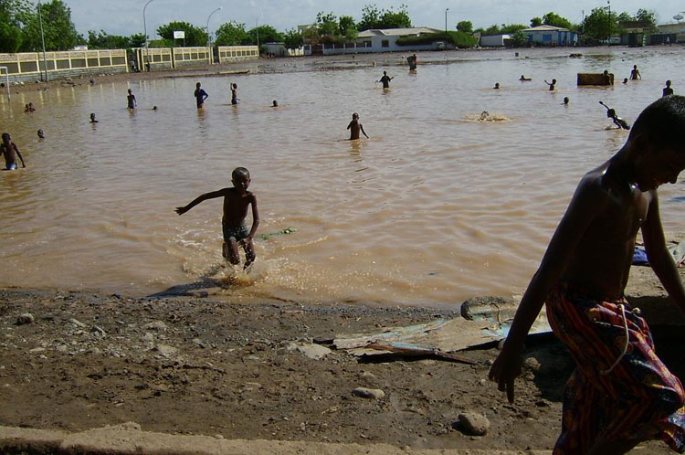 Iraq War Photo. Kids don't know that, of course, and they played in the water, happy to swim in anything other than the infamous 'Shit-Beach' where indigenous personnel would run out to piss and shit in.  The following shots are for mostly just for looks.